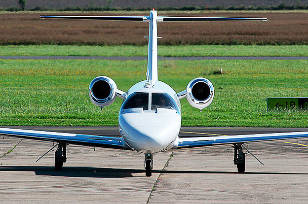 PRE-OWNED CESSNA CITATION CJ3 / CESSNA CITATION CJ2 FOR SALE: 2 X 2001 CESSNA CITATION CJ2 PRICE: 2 980 000 USD - 1 950 000 USD 1 X 2010 CESSNA CITATION CJ3 PRICE: 4 900 000 USD