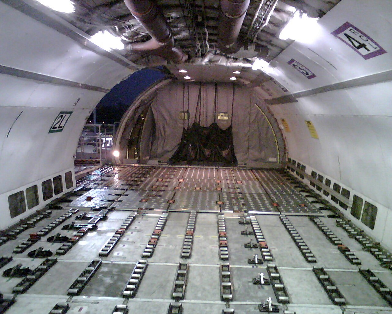 AIRBUS 1998 AIRBUS A300B4-622R CARGO CONFIGURATION FOR SALE