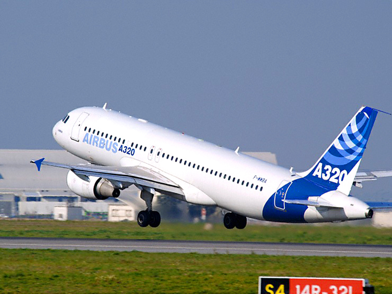 ACMI LEASE AIRBUS A320-232 YOM 2001